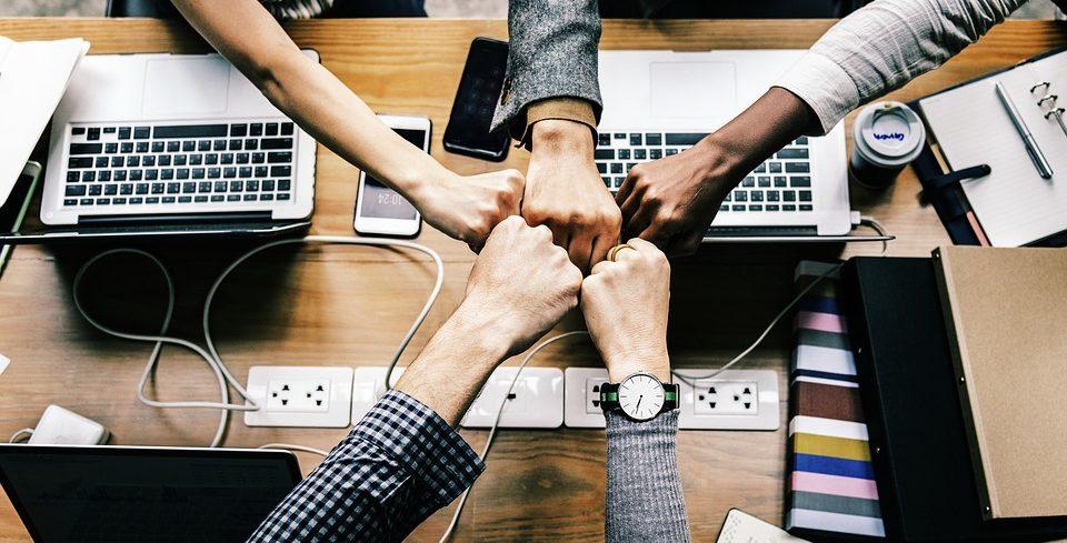 Cosa significa davvero lavorare in gruppo? Di seguito alcuni ostacoli che si incontrano e consigli per possedere una buona capacità di team working.